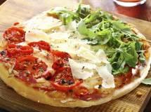 Festeggiare il 2 giugno in pizzeria